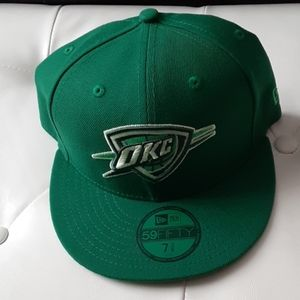 New era fitted 7 3/8. OKC